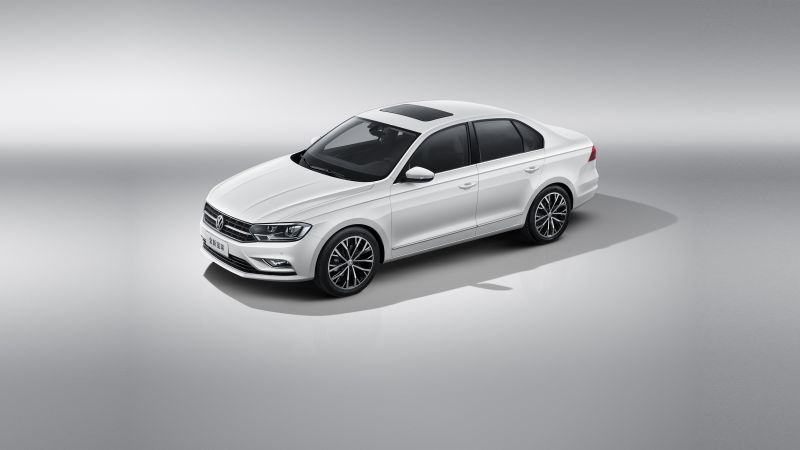 Volkswagen Bora, sedan, white (horizontal)