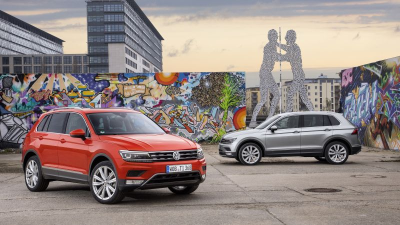 Volkswagen Tiguan, crossover, orange, grey (horizontal)