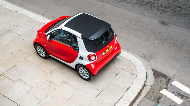 Smart fortwo passion cabrio, cabriolet, red (horizontal)