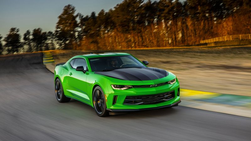 Chevrolet Camaro LT1 LE, NYIAS 2016, green (horizontal)