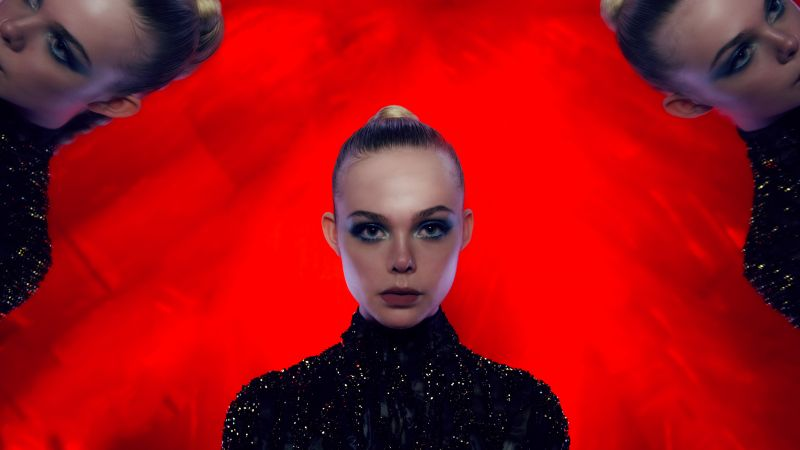 The Neon Demon, Elle Fanning (horizontal)