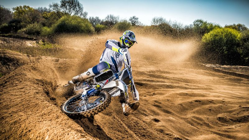 Husqvarna TC250, drift, motocross range unveiled (horizontal)