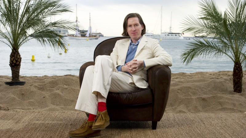 Wes Anderson, film director, screenwriter, actor, producer, beach, sand (horizontal)