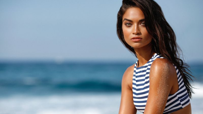 Shanina Shaik, fitness, weight loss, workout, sports running, motivation (horizontal)