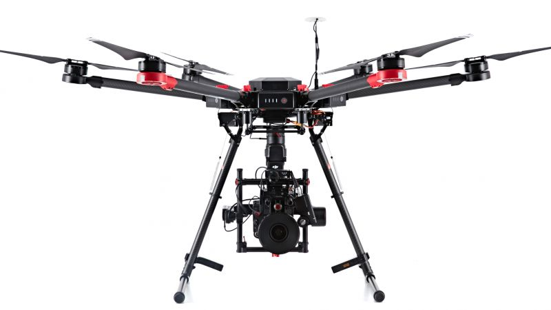 DJI Matrice 600 Flying Platform, drone, quadcopter, Phantom, review, test (horizontal)