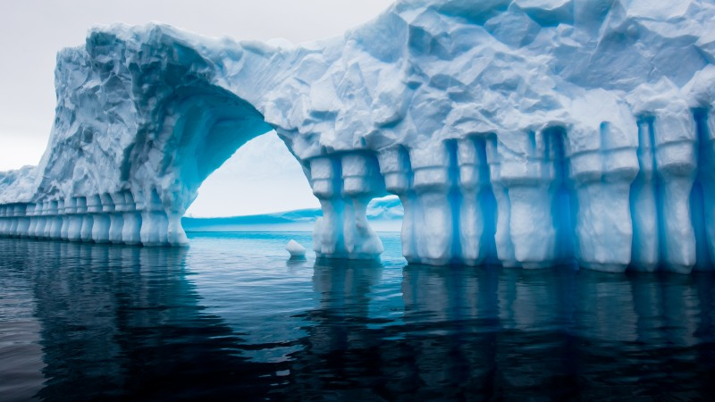 Antarctica, 5k, 4k wallpaper, iceberg, blue, water, ocean, sea, reflection (horizontal)