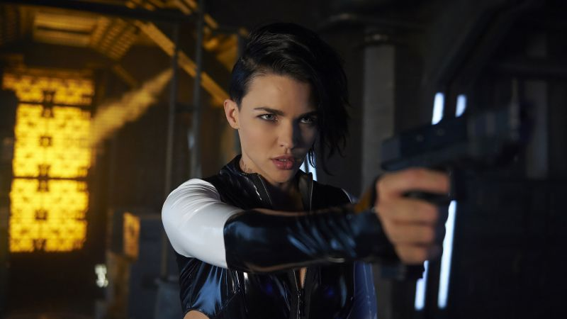 Resident Evil: The Final Chapter, Ruby Rose, guns, best movies (horizontal)