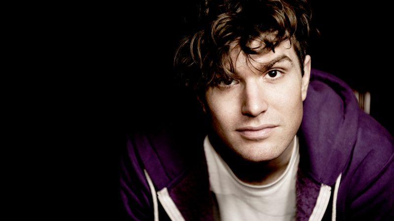 Joel Dommett, Skins, comedian, Best TV Series (horizontal)