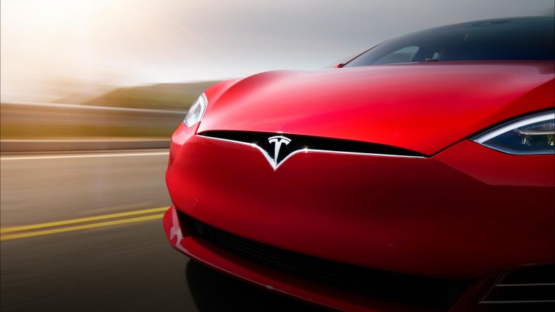Tesla Model S, front, red (horizontal)