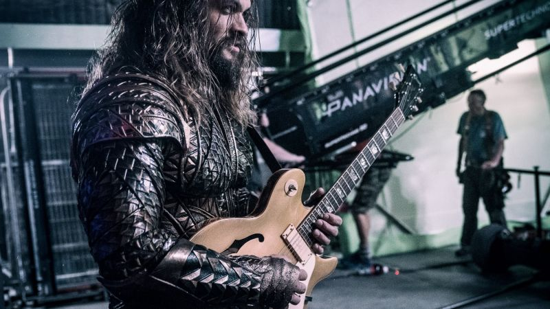 Jason Momoa, guitar, Aquaman, Justice League (horizontal)