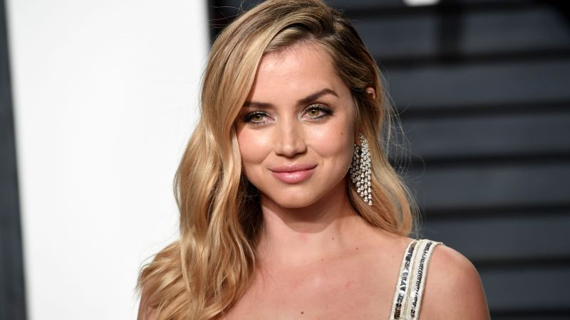Ana de Armas, 5k, photo (horizontal)
