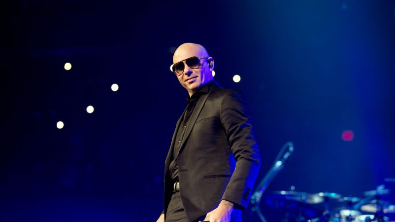 Pitbull, photo, 5k (horizontal)