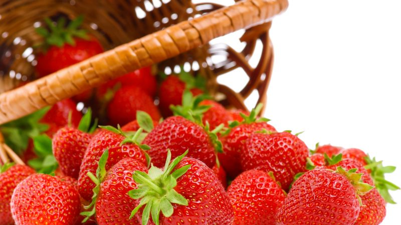 strawberry, 5k (horizontal)