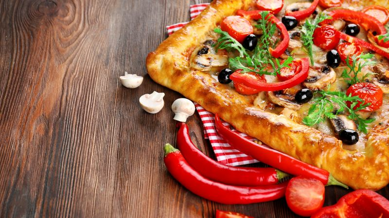 pizza, tomato, pepper, 4k (horizontal)