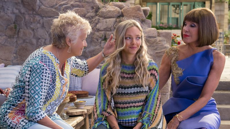 Mamma Mia! Here We Go Again, Christine Baranski, Julie Walters, Amanda Seyfried, 5k (horizontal)