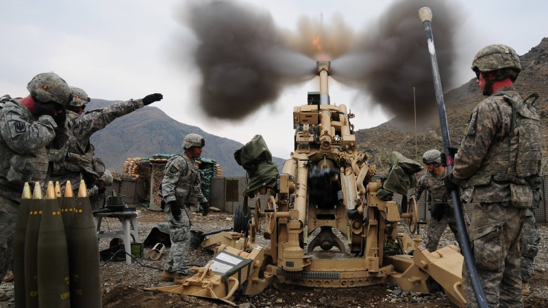 M777, howitzer, M777A2, artillery, soldier, U.S. Army, firing, mountain (horizontal)