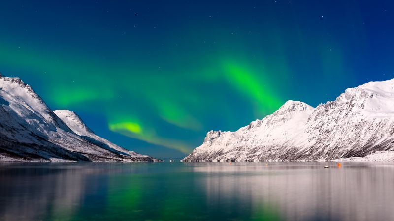 Aurora Borealis, sky, winter, mountains, lake, 4k (horizontal)