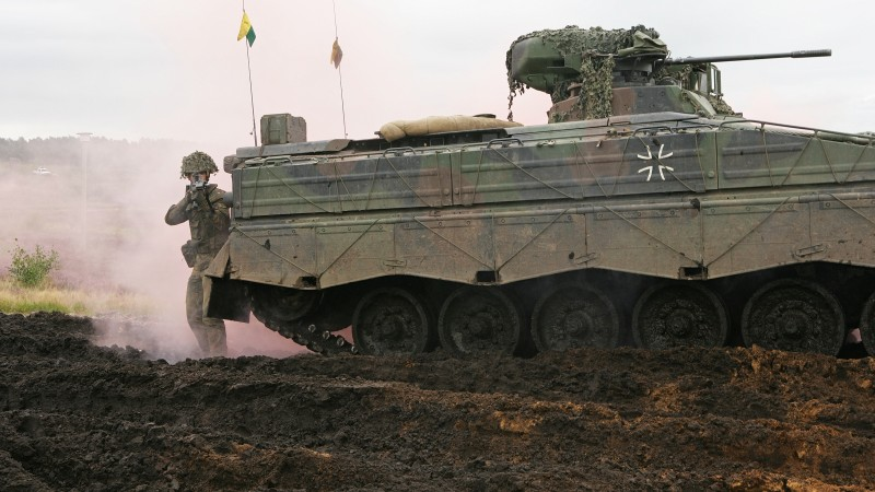 Marder, IFV, soldier, infantry fighting vehicle, Bundeswehr, dirt (horizontal)