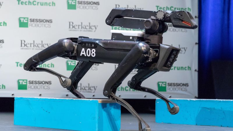 SpotMini 2, Boston Dynamics, 4k (horizontal)