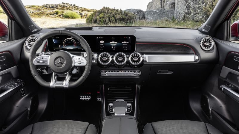 Mercedes-Benz GLB35 AMG 4Matic, SUV, 2020 cars, 8K (horizontal)