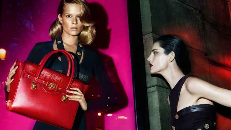 Anna Ewers, Stella Tennant, Top Fashion Models 2015, model, blonde, brunette, bag, red (horizontal)