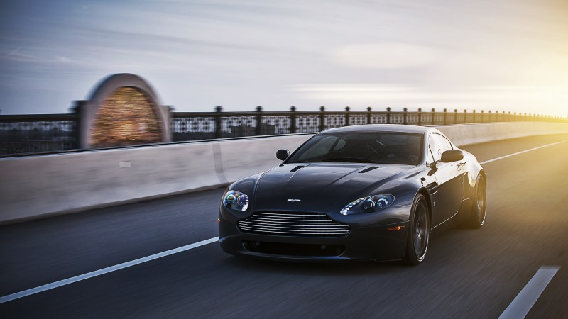 Aston Martin Vantage, sports car, V12, v8, Zagato, silver, review, test drive, speed, black (horizontal)