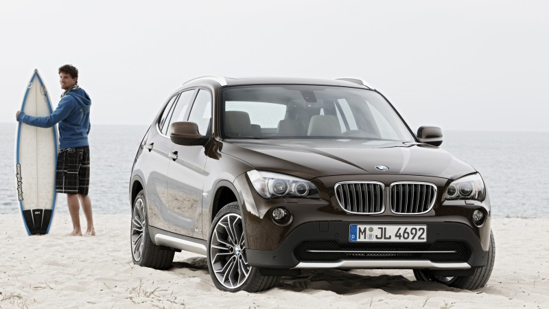 BMW X1, crossover, luxury cars, SUV, xDrive, sDrive, compact, review, test drive, rent, buy (horizontal)