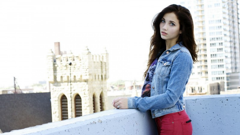 Emily Rudd, Top Fashion Models 2015, model, actress, street, brunette (horizontal)