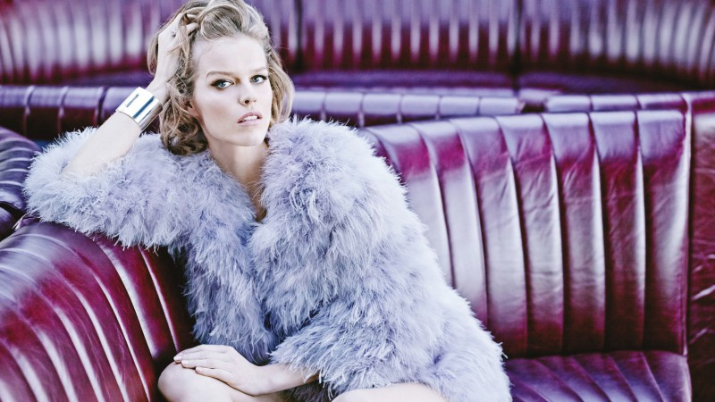 Eva Herzigova, Top Fashion Models 2015, model, actress, blonde, cafe (horizontal)