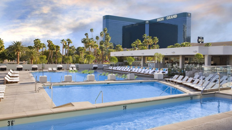 Wet Republic Las Vegas, The best hotel pools 2017, tourism, travel, resort, vacation, pool, water, sunbed (horizontal)