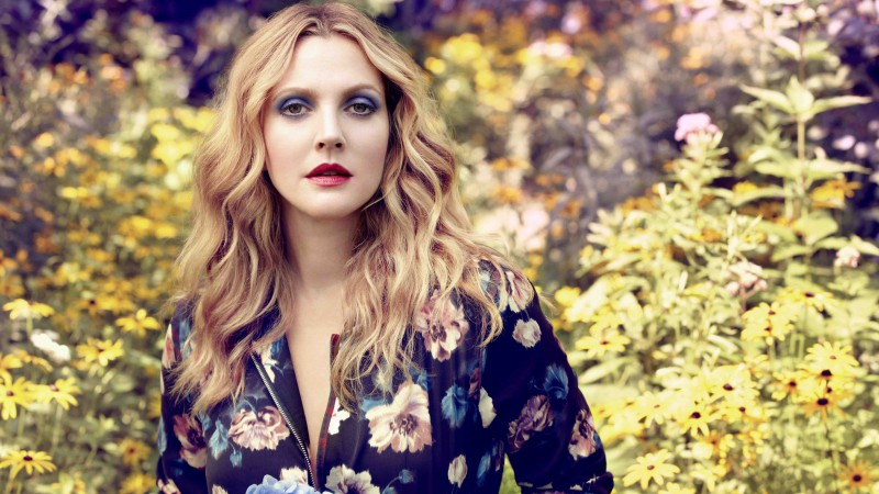 Drew Barrymore, Most Popular Celebs in 2015, actress, model, blonde, flowers (horizontal)