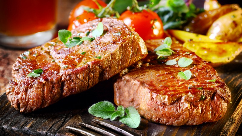 beef, steak, food, cooking, grill, vegetables, meal, meat, tomato leaves . (horizontal)