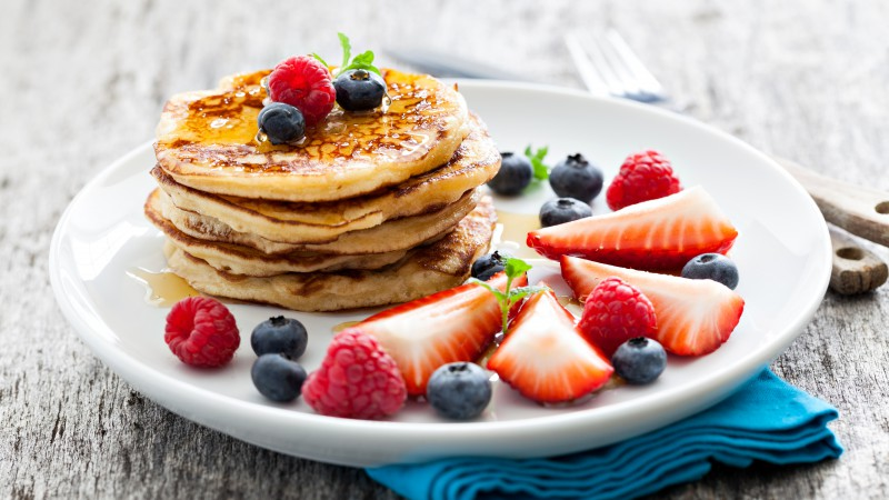 Pancakes, raspberry, fruit, strawberry, blueberry, honey (horizontal)