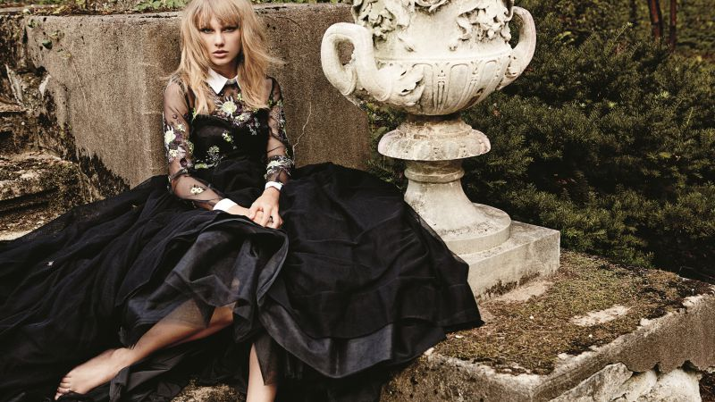 Taylor Swift, Top music artist and bands, singer, actress, country (horizontal)