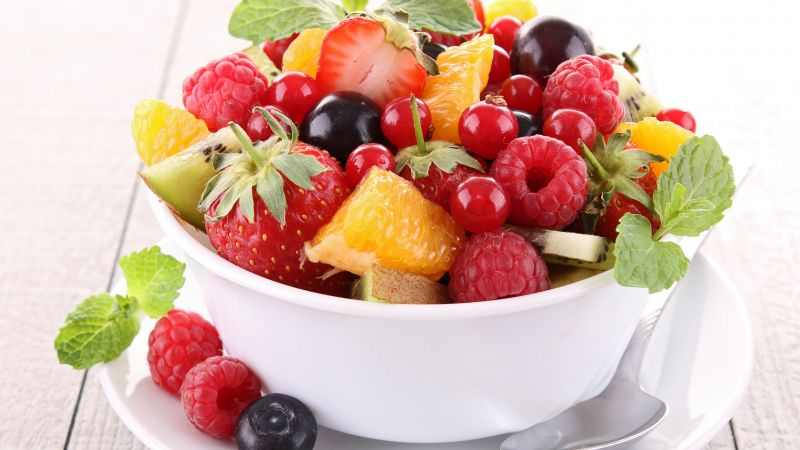 Fruit salad, orange, strawberry, blueberry, raspberry, mint (horizontal)