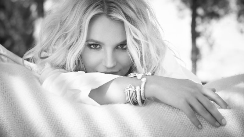 Britney Spears, Top music artist and bands, singer, actress, blonde (horizontal)