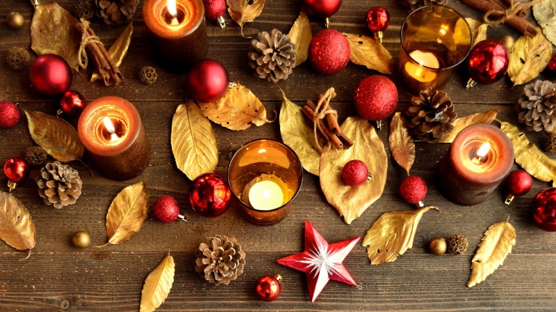 new year, christmas, decoration, decorations, pine cones, leaves, fire, candles (horizontal)