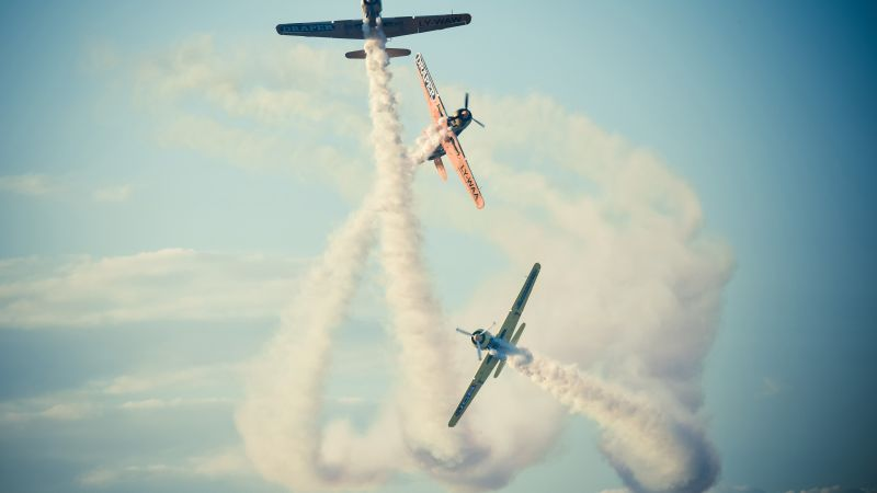Bucharest airshow, 4k, 5k wallpaper, 2015 Sony World Photography Awards, sky, clouds, planes (horizontal)