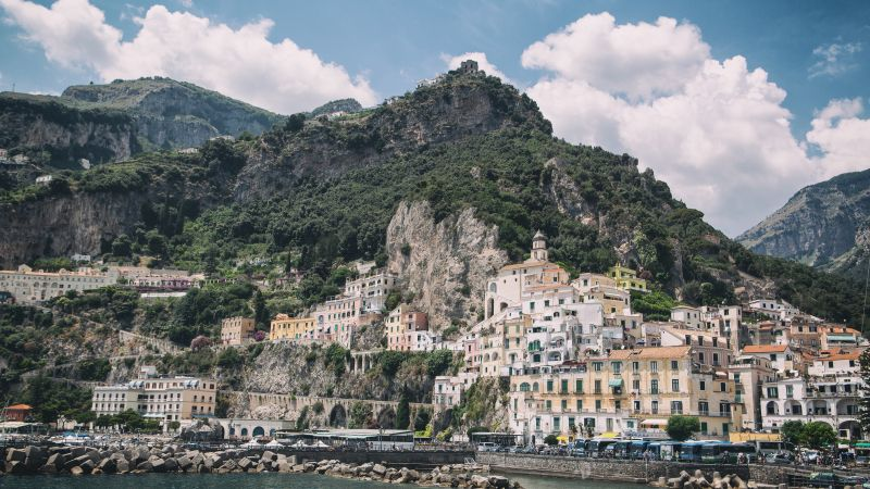 Amalfi, 5k, 4k wallpaper, Amalfi Coast, Italy, rocks, clouds (horizontal)