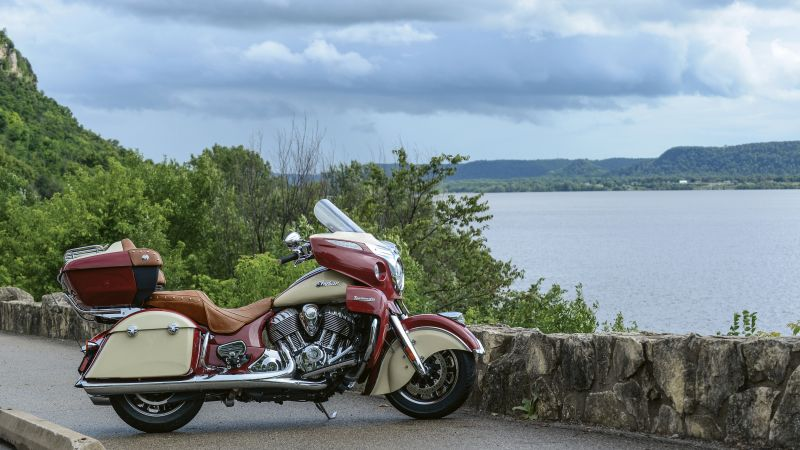 Indian Roadmaster, red-cream, action, white (horizontal)
