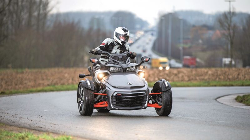 CAN-AM SPYDER F3-T, tricycle, test (horizontal)
