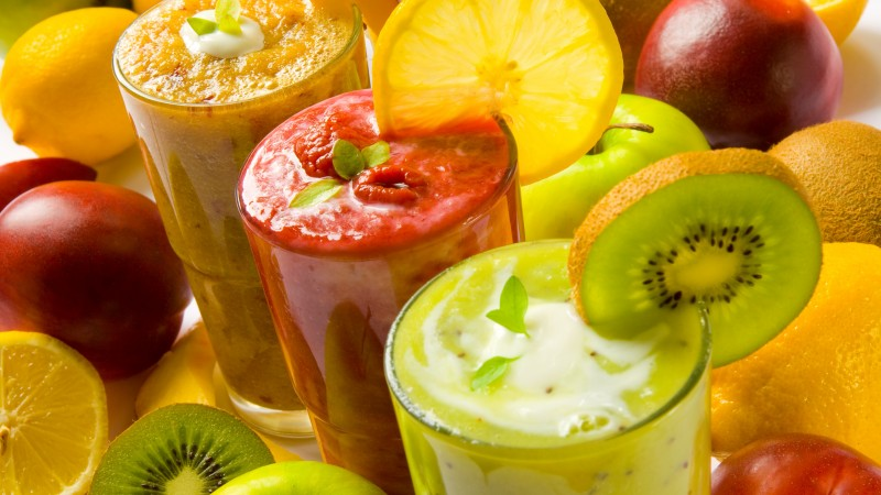 smoothies, fruit, kiwi, apple, orange, strawberry, raspberry, mango,  (horizontal)
