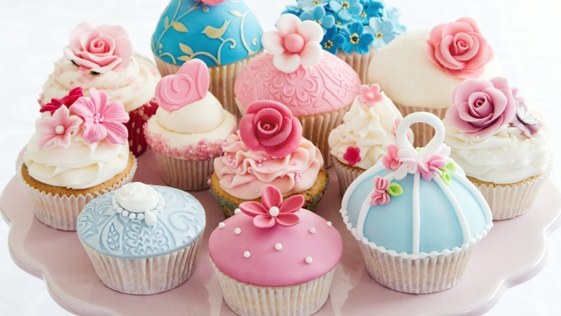 muffins, cream, powdered sugar, flowers, roses, desserts, pastries (horizontal)