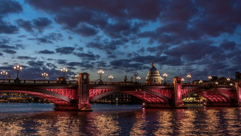 London, river Thames, St Paul, cathedral, water, night, clouds, sky, sunset, twilight, night, light, travel, vacation (horizontal)