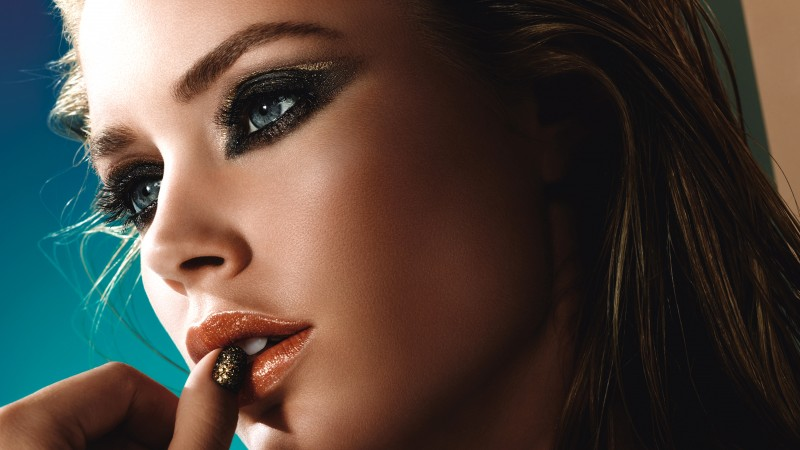 Doutzen Kroes, fashion model, Loreal, makeup (horizontal)