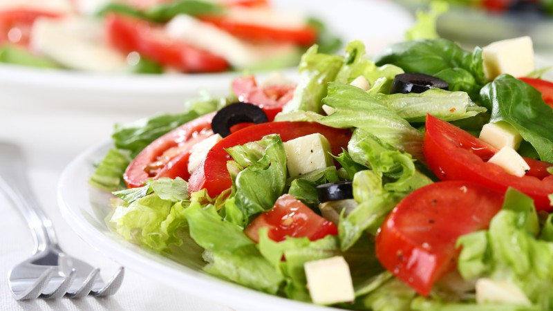 Greek, cooking, recipe, lettuce, tomatoes, cucumbers, olives, feta (horizontal)