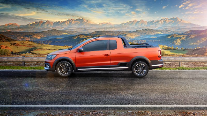 Volkswagen Saveiro Cross CE, pickup, orange (horizontal)