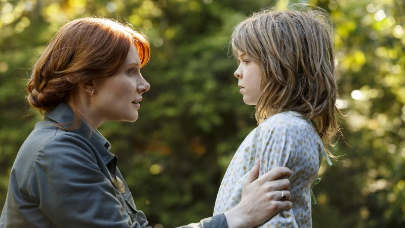 Pete's Dragon, Bryce Dallas Howard, Oakes Fegley, best movies of 2016 (horizontal)