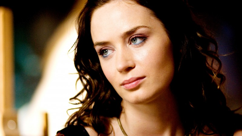 Emily Blunt, Emily Olivia Leah Blunt, Actress, eyes, look, brunette, portrait (horizontal)