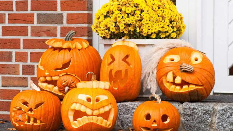 Halloween, All Hallows' Eve, All Saints' Eve, porch, pumpkins, muzzle, decoration (horizontal)